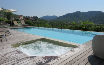 POOLS WITH VIEW ON THE PROSECCO HILLS